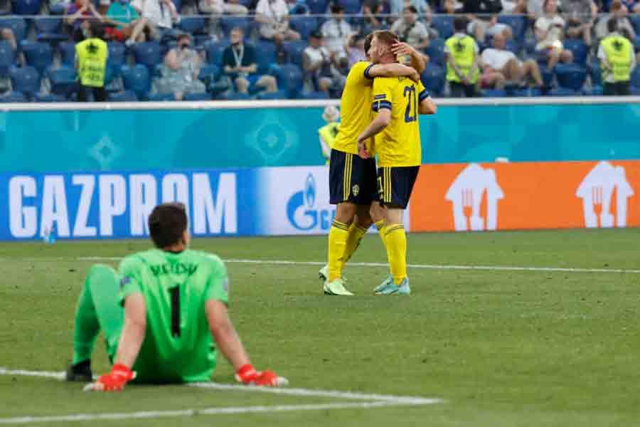 Com gol nos acréscimos, Suécia vence a Polônia e avança em primeiro no Grupo E da Eurocopa