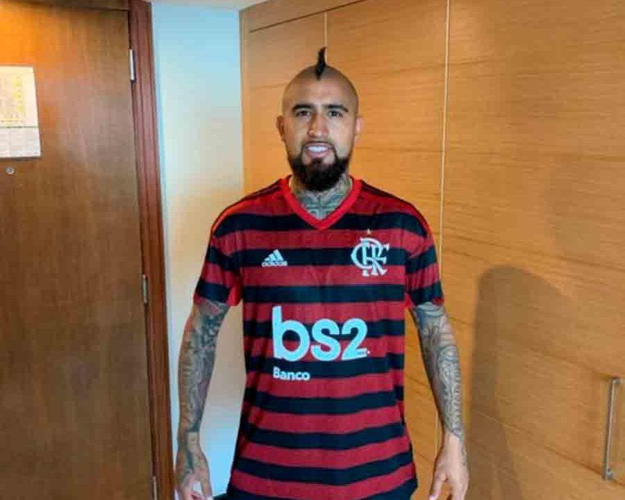 Arturo Vidal, do Chile, publica vídeo comemorando gol do Flamengo na Copa do Brasil e agita rubro-negros