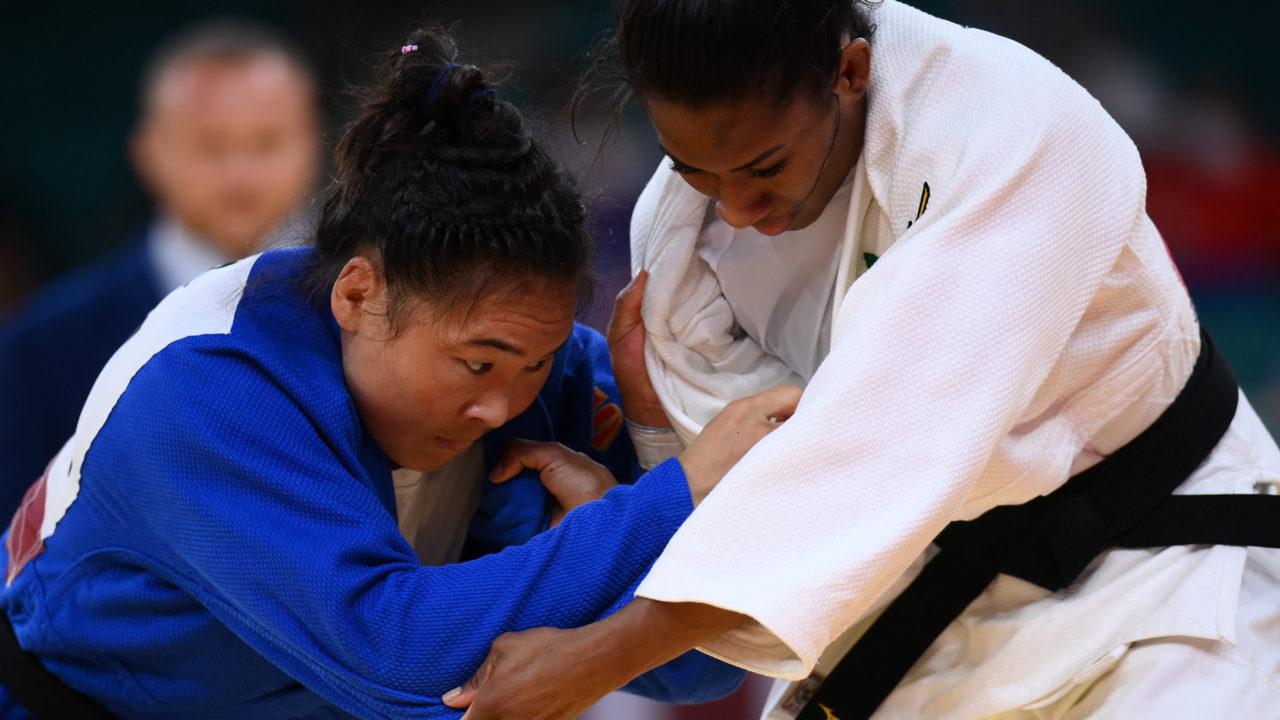 Judô: Ketleyn Quadros perde nas quartas de final e disputará a repescagem