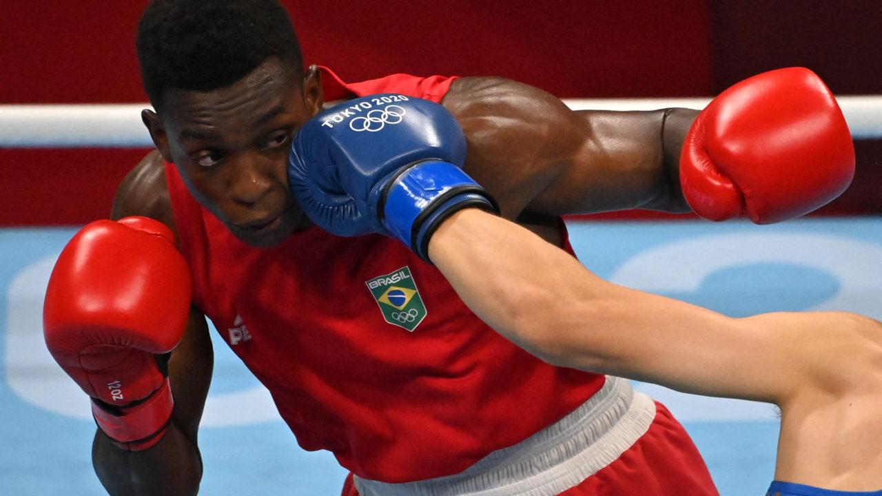 Boxe: Keno Machado perde para britânico e está fora dos Jogos Olímpicos