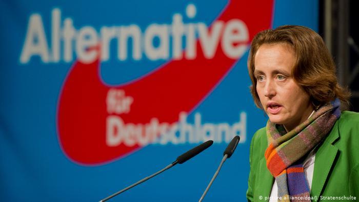 Uma deputada da ultradireita alemã no Brasil