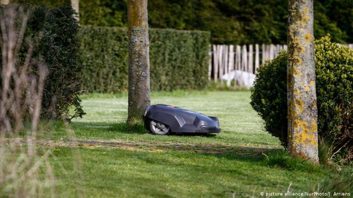 Opinião: Quem precisa de robô cortador de grama?