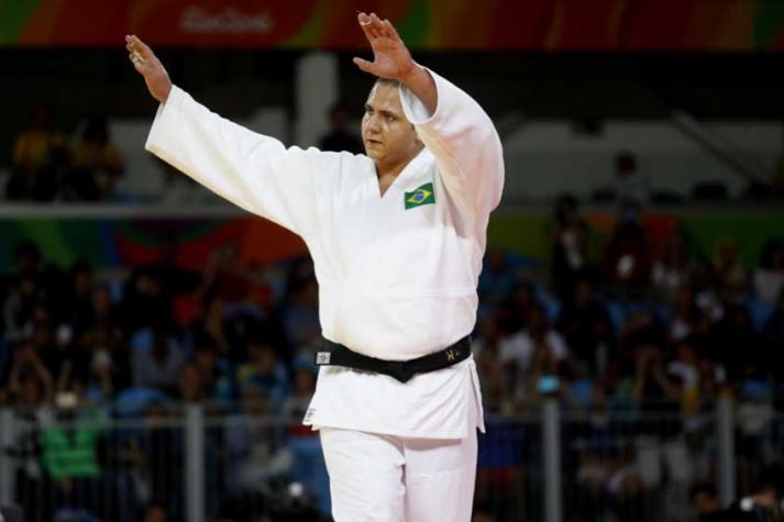 Rafael Silva e Maria Suelen estreiam com vitória nos Jogos Olímpicos e avançam às quartas no judô