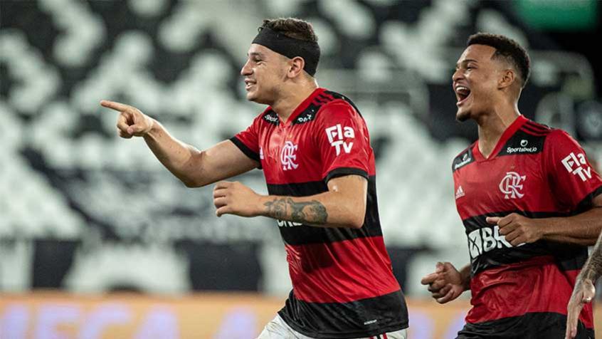De saída, Hugo Moura e Rodrigo Muniz não participam de treino com o elenco do Flamengo