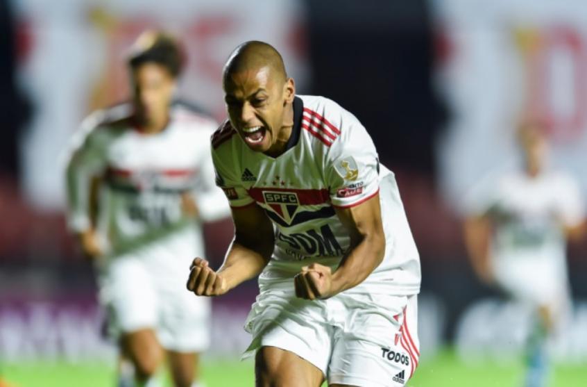 Bruno Alves deve ganhar sequência no São Paulo; possível trio de zaga titular tem retrospecto ruim