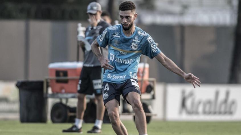 """Fã de Sérgio Ramos, Wagner Leonardo quer ser """"construtor de jogadas"""" no Santos"""