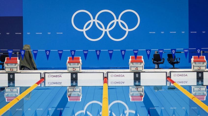 Campeão de natação da Rússia testa positivo para covid-19 e está fora dos Jogos Olímpicos