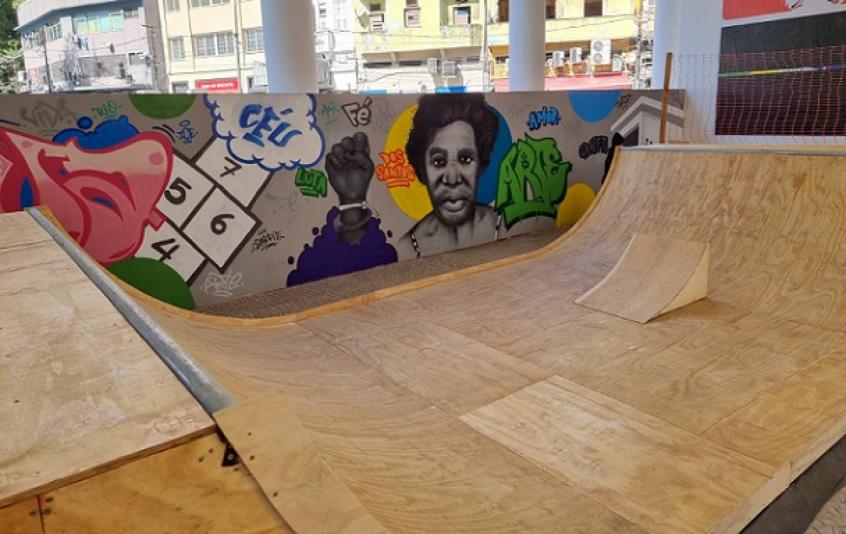 Museu de Arte do Rio inaugura rampa de skate para uso público neste sábado