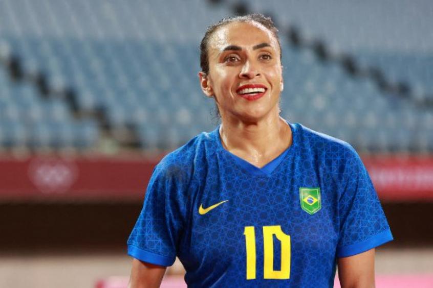 Marta pede atenção depois de gol no início e diz que as duas seleções poderiam vencer: 'Jogo equilibrado'
