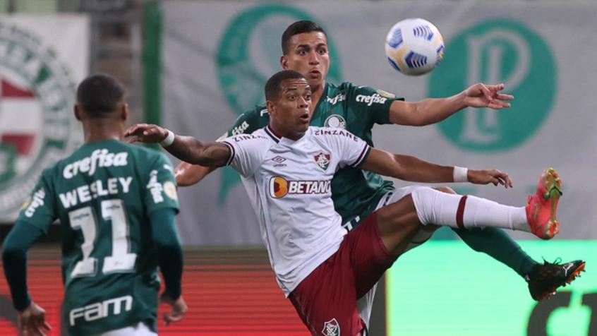 Após se machucar no Palmeiras e Fluminense, Caio Paulista retorna ao Rio para fazer exame médico