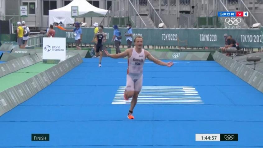 Norueguês é ouro no triatlo masculino; Manoel Messias fica em 28º