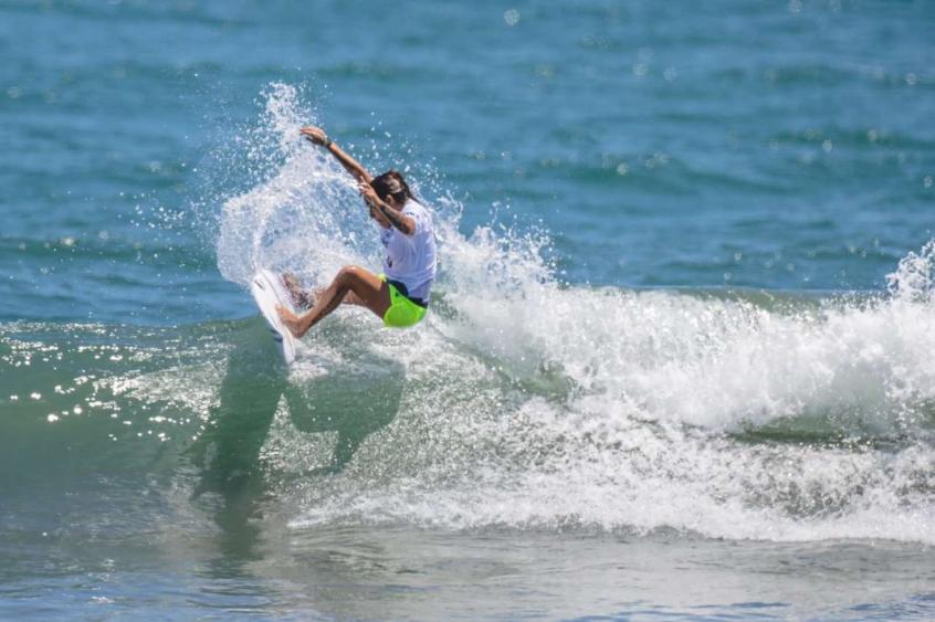 Silvana Lima perde para tetracampeã mundial do surfe e é eliminada nos Jogos Olímpicos de Tóquio