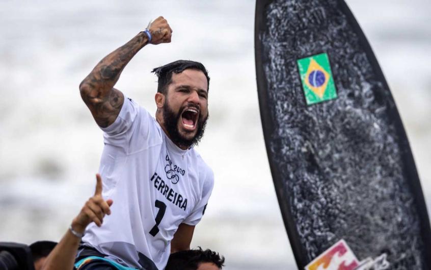 Ouro nas Olimpíadas, Ítalo Ferreira mostra confiança: 'Grandes chances de ser campeão do mundo de novo'