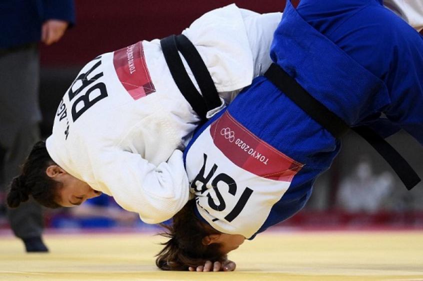 Mayra Aguiar não dá chances para israelense e está nas quartas de final do judô nos Jogos Olímpicos