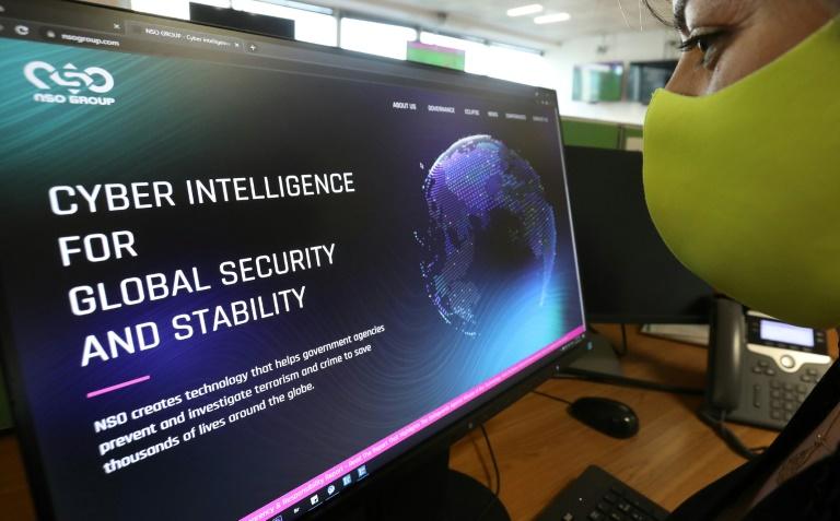 AI pede congelamento do uso de tecnologias de cibervigilância após caso Pegasus