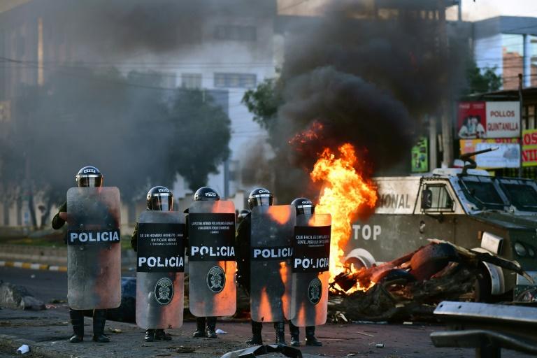 Ex-comandante boliviano é preso por violência após renúncia de Morales
