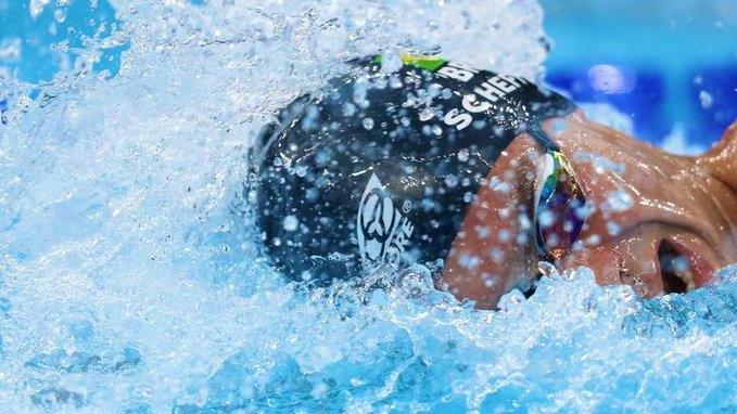 Brasileiro Fernando Scheffer conquista medalha de bronze na natação