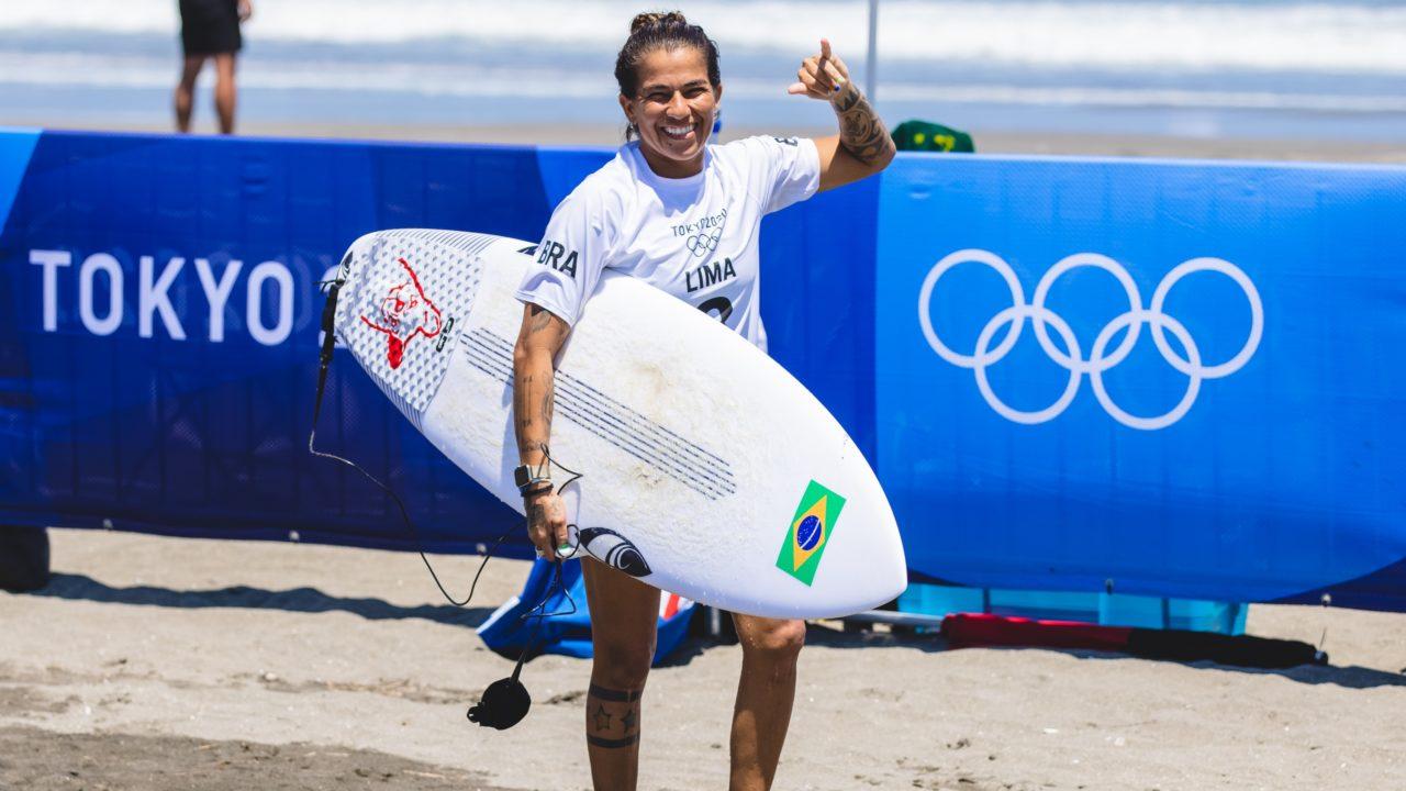 Silvana Lima é eliminada por americana nas quartas de final do surfe