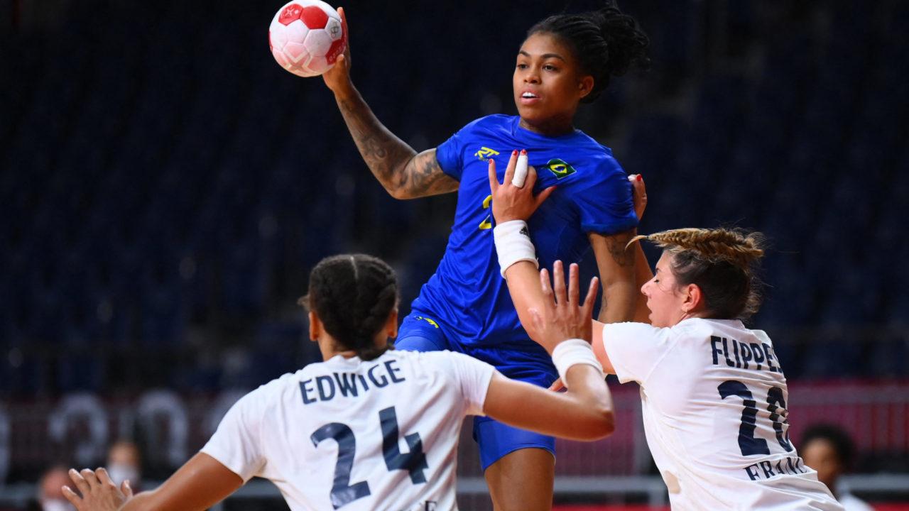 Handebol: Brasil perde para França no feminino e se despede dos Jogos