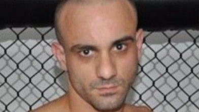 Lutador de MMA apelidado de 'Distúrbio' é preso por tráfico de drogas via aplicativo