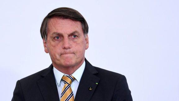 Para 76%, Bolsonaro deve sofrer impeachment se desobedecer Justiça