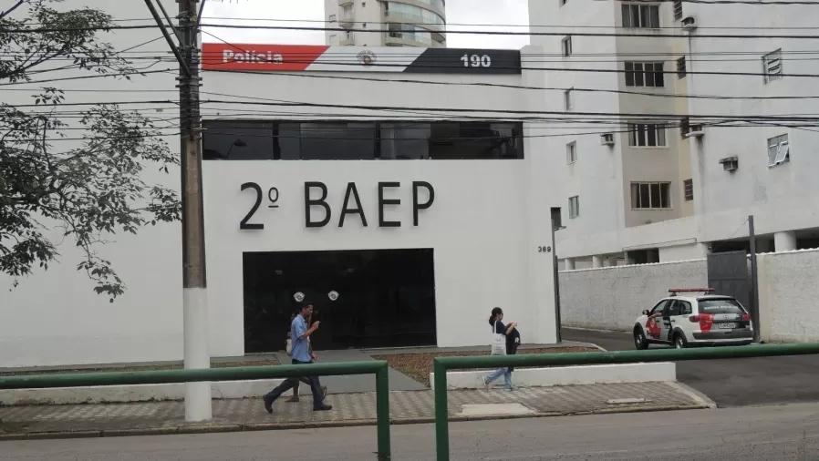 Corregedoria encontra maconha, cocaína e crack em batalhão da PM, em Santos