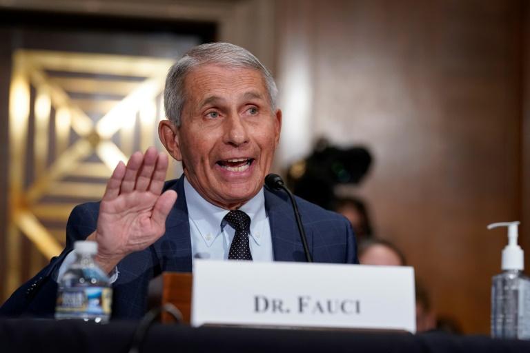 EUA não pretende decretar novos confinamentos, afirma Fauci
