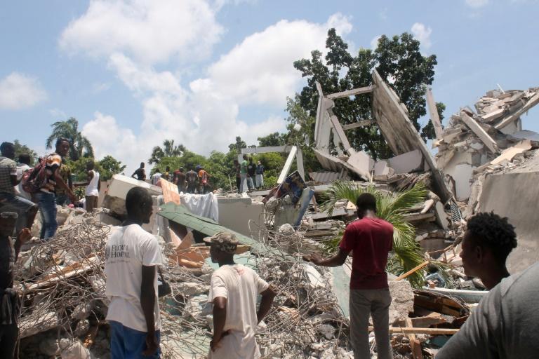 Número de mortos após terremoto no Haiti sobe para 1.297