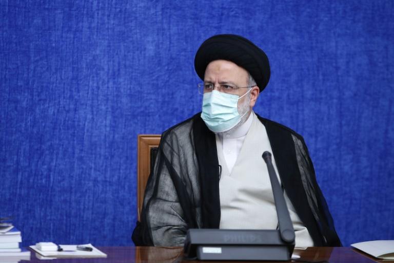 Novo presidente iraniano Raisi prestará juramento diante do Parlamento