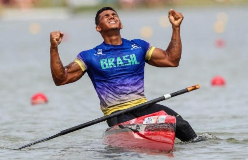 Isaquias Queiroz vai começar saga em busca de ouro inédito na canoagem