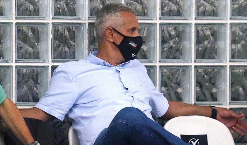 Vice-presidente do Botafogo comemora vitória no clássico: 'Nada resiste ao trabalho'