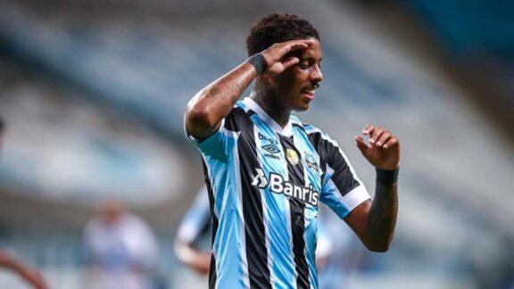 Grêmio confirma vantagem e elimina Vitória da Copa do Brasil