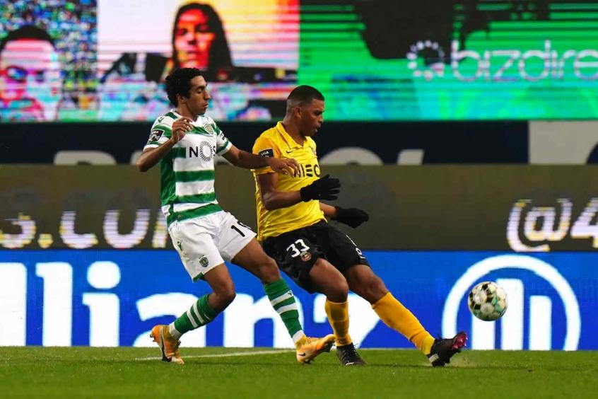 Aderllan marca gol da classificação do Rio Ave na Taça da Liga e comemora grande jogo