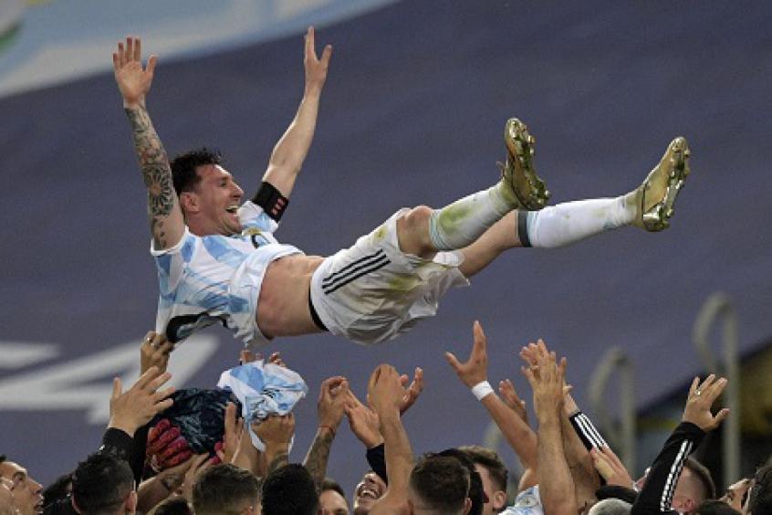'Messi só não vai poder pegar a 10 porque já tem dono', diz Náutico em redes sociais