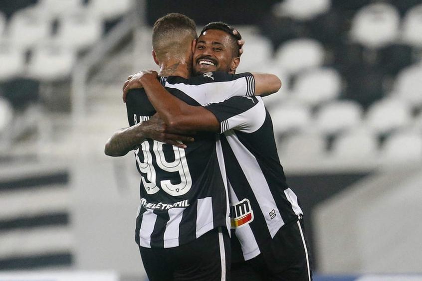 Agosto reserva seis jogos para o Botafogo e possibilidade de entrada no G4 da Série B; veja calendário