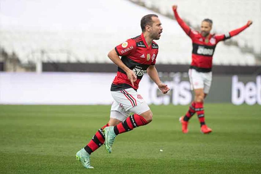 Everton Ribeiro desencanta e vibra com primeiro gol na temporada após vitória: 'Estava sonhando com isso'