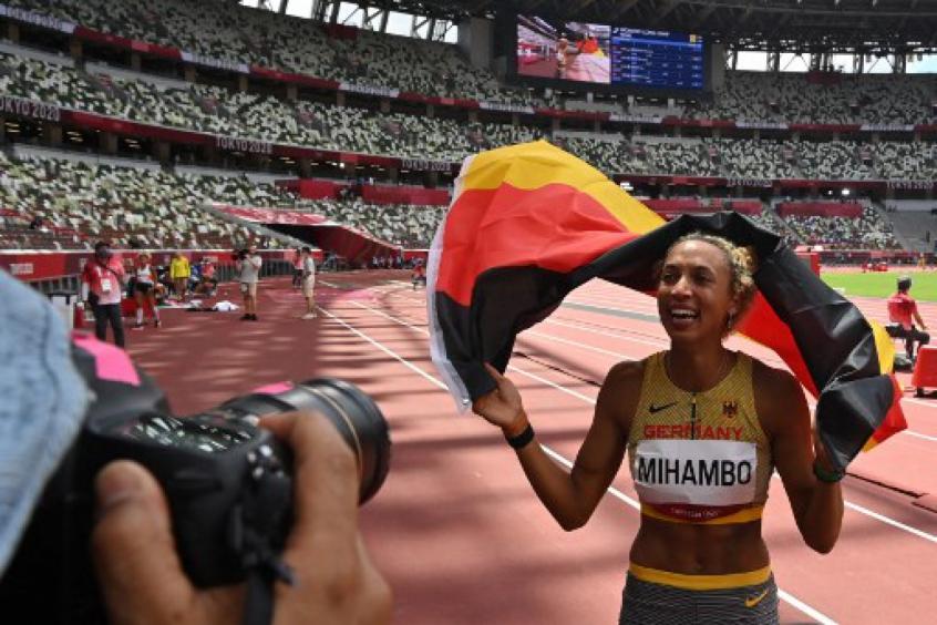 Alemã conquista o ouro em prova acirrada do salto em distância nos Jogos Olímpicos