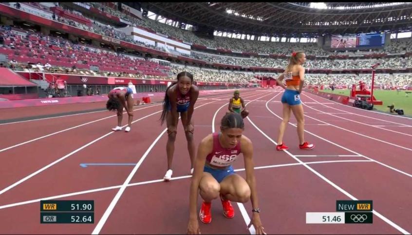 Sydney McLaughlin conquista o ouro e bate seu próprio recorde mundial nos 400m com barreira feminino