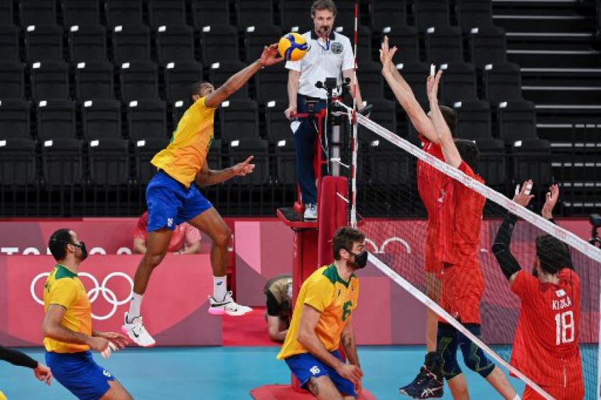 Brasil perde para o Comitê Olímpico Russo no vôlei e está fora da final dos Jogos Olímpicos