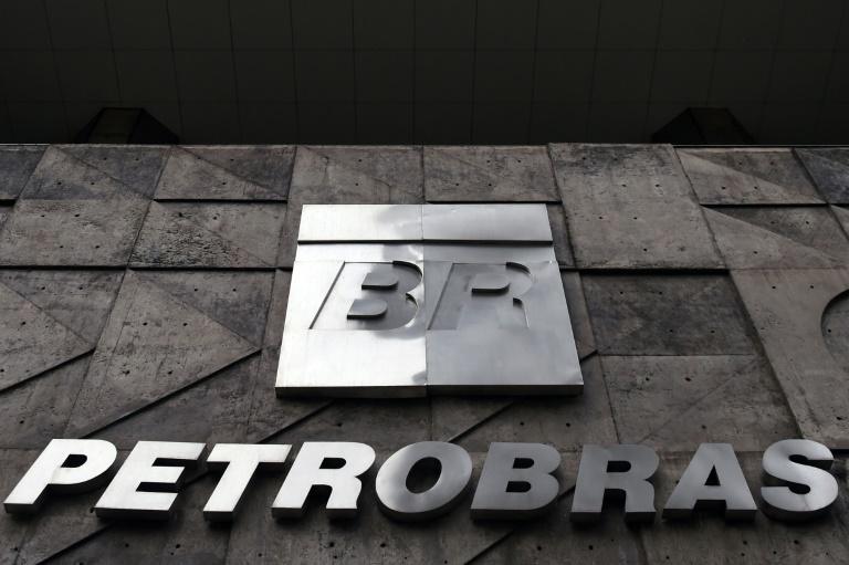 Ação da Petrobras tem alta de 9,6% após resultados trimestrais