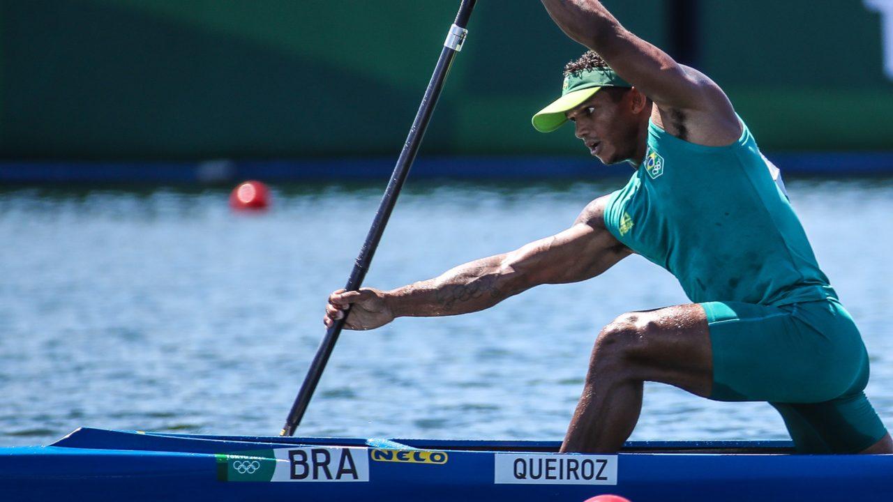 Isaquias Queiroz se classifica para final da canoagem na Olimpíada de Tóquio