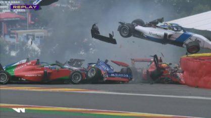 Vídeo: Seis pilotos fazem batida violenta na W Series, mas ficam sem ferimentos graves