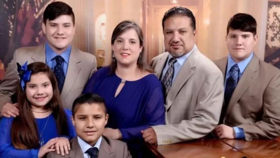 Casal se recusa a tomar vacina, morre com covid-19 e deixa 4 filhos