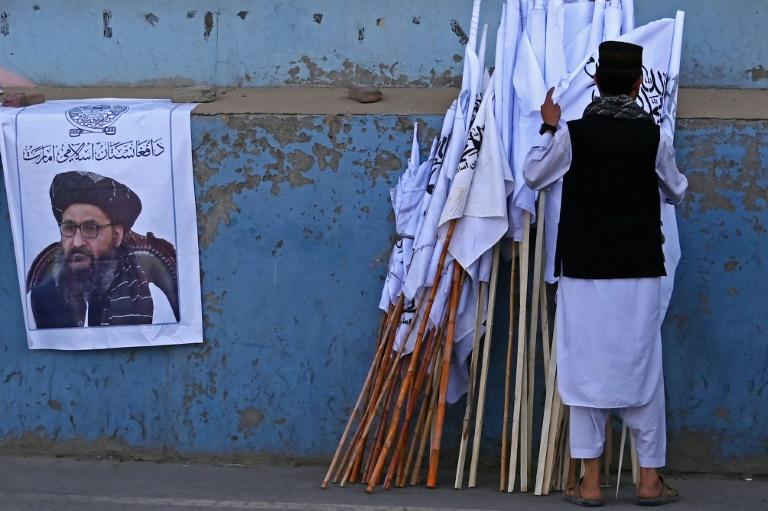 Um mês após vitória, Talibã enfrentan duro desafio no Afeganistão