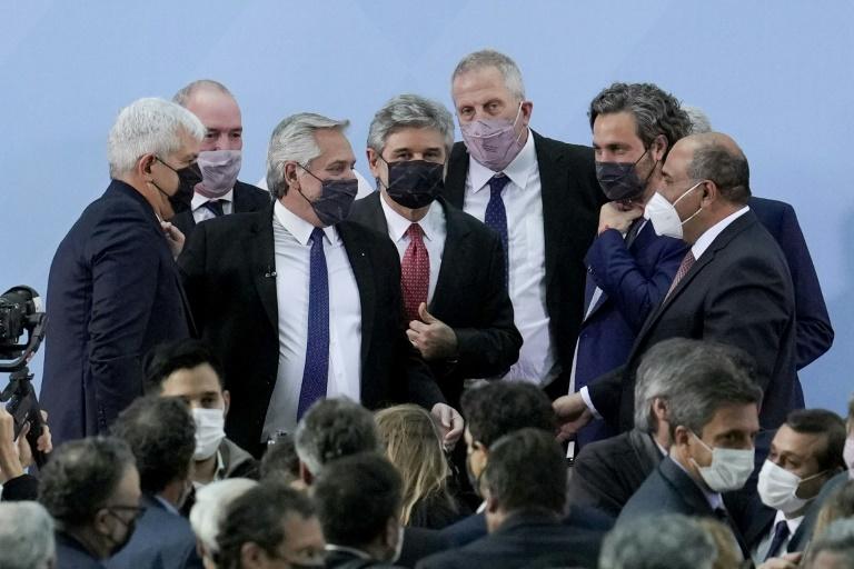Fernández relança seu governo com novo gabinete após crise política na Argentina