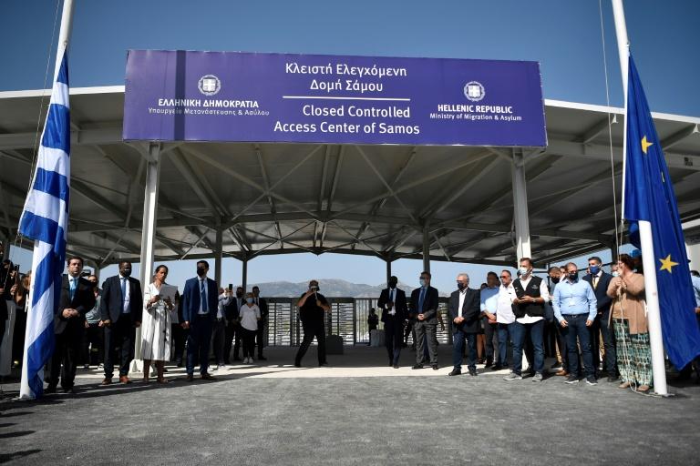 Grécia inaugura primeiro acampamento 'fechado' para migrantes