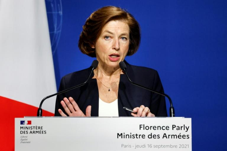 Reunião entre ministros de França e GB é cancelada após crise dos submarinos