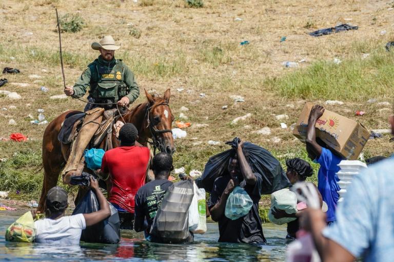 Imagens de migrantes maltratados 'não refletem' os EUA, diz secretário Mayorkas