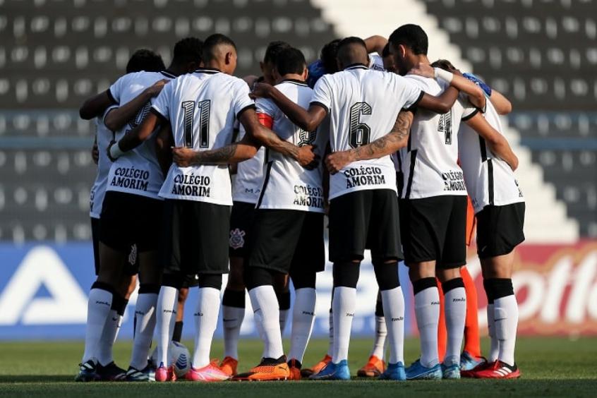Corinthians atrasa pagamento de auxílio para jogadores da base