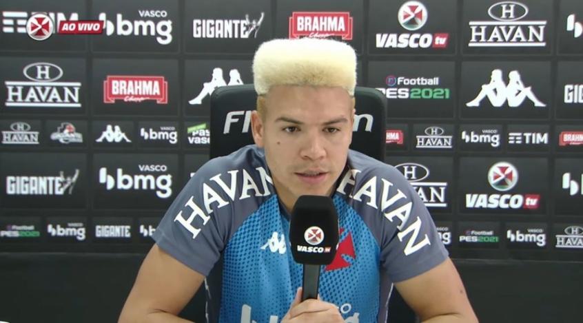 Contestado pela torcida, amado pelos técnicos: Com Diniz, Marquinhos Gabriel segue importante no Vasco